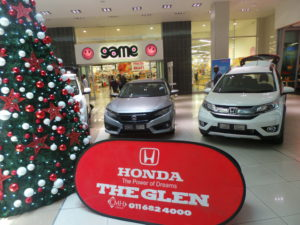 CMH Honda The Glen Mall Display