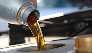 CMH Honda Hatfield- oil pouring