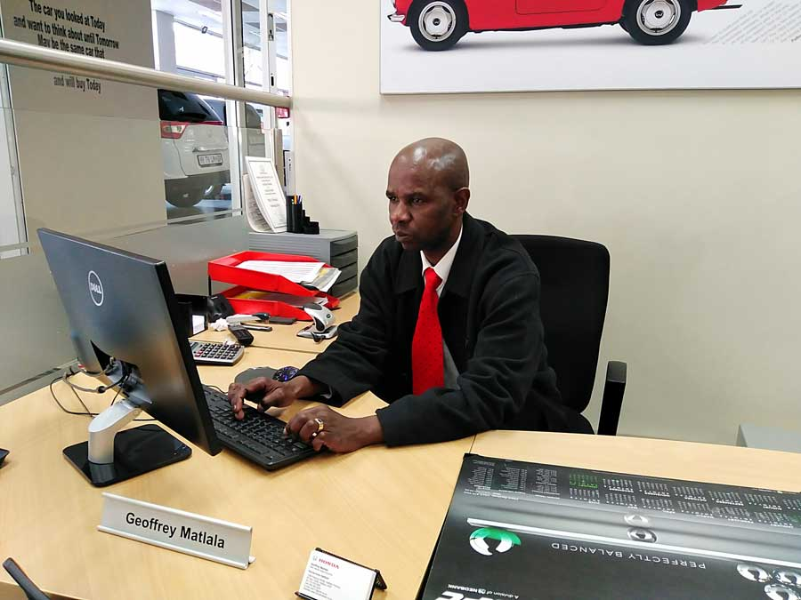 CMH Honda Hatfield- New Car Salesman Geoffrey Matlala