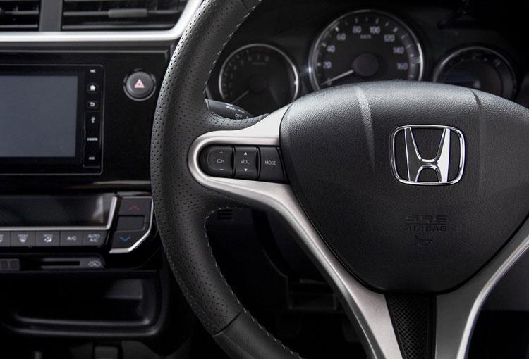 Honda BR-V - Steering
